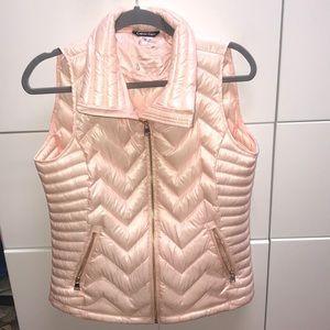 NWOT Calvin Klein vest size Med pink